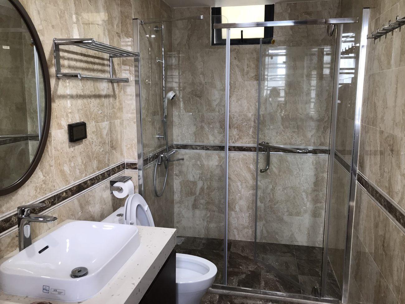 ho-mslinh-s-house-in-long-bien-hanoi-bathroomjpg-1629110279.jpg